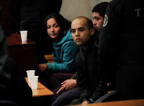 Imputados por terrorismo son formalizados. Se muestran tranquilos durante la sesión.