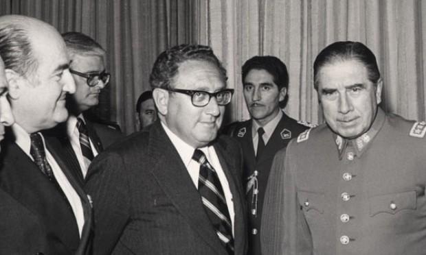 EEUU planeó dar asilo a Pinochet ante el temor de una revuelta popular
