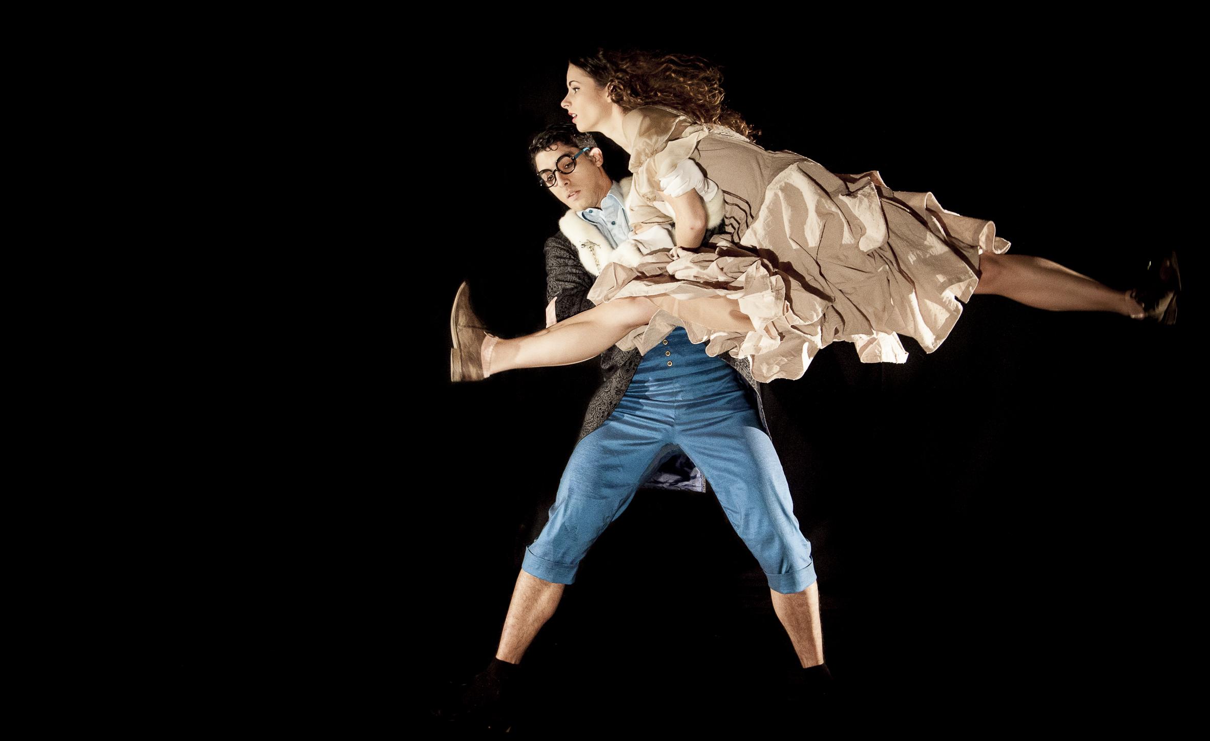 «Alicia» una versión danzada del sugerente cuenton de Lewis Carroll