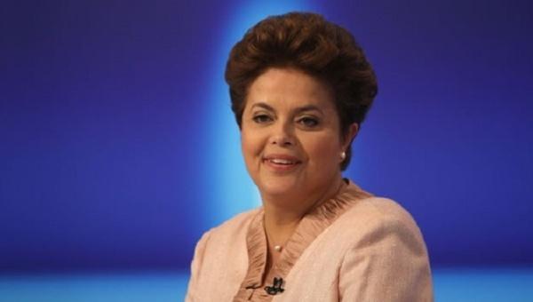 Rousseff señala que juicio político es un abuso de poder
