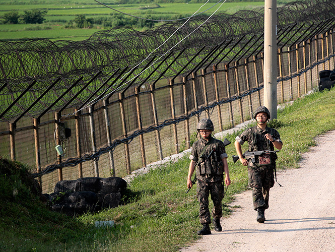 Las dos Coreas intercambian disparos en zona fronteriza