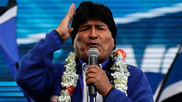 """Evo Morales promete un """"mazazo al imperio"""" en el cierre de su campaña"""
