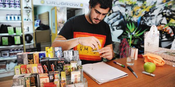 La venta de marihuana toma forma en Uruguay