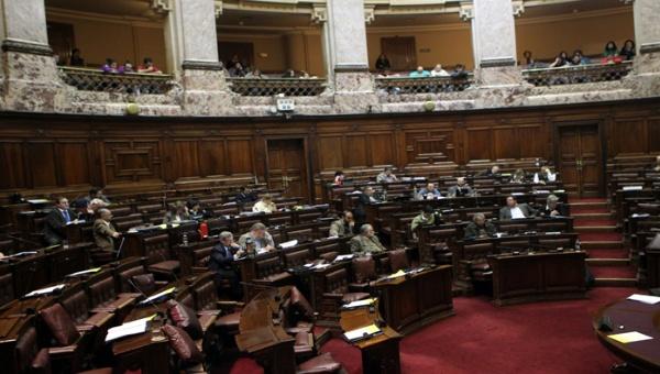 Uruguay prohíbe vender tierras a compañías extranjeras