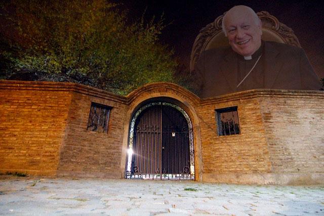 Sacerdotes cuestionados por Ezzati, siguen sumando apoyo. Se agrega la corporación Villa Grimaldi.