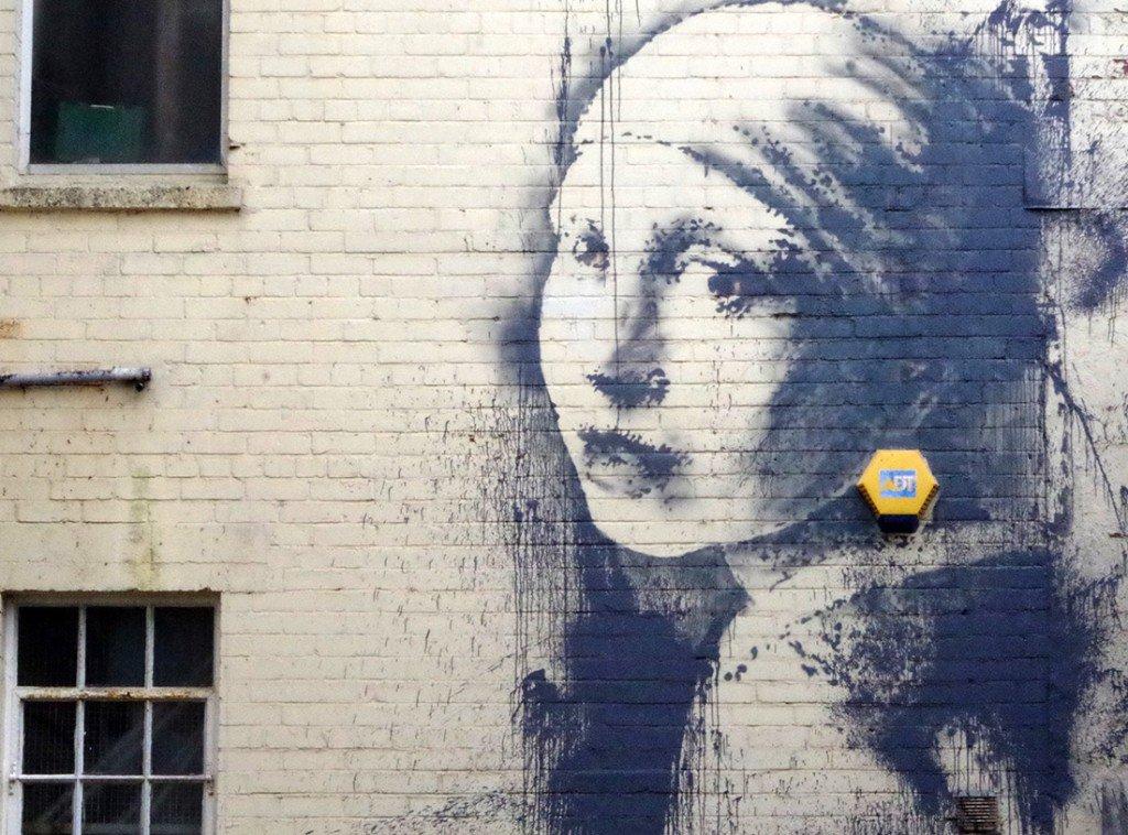 No fue detenido, Banksy reaparece