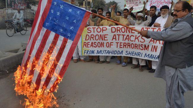 Pakistaníes protestan contra asesinatos de drones de EEUU