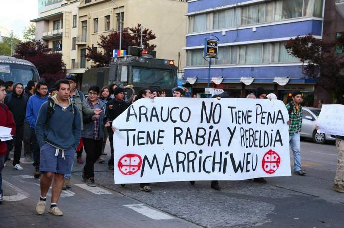 Comunidades mapuche se toman ex estación de ferrocarriles en Radal