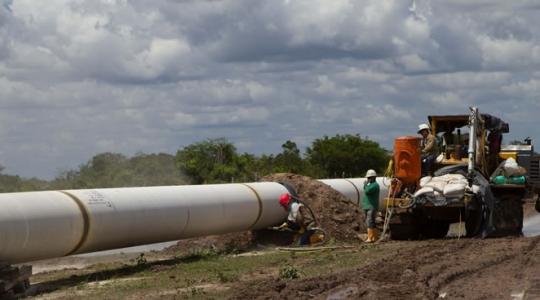 Campesinos demandan a British Petroleum por daños ambientales