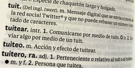Tuit, tuitear, tuiteo y tuitero ya en el Diccionario de la lengua española