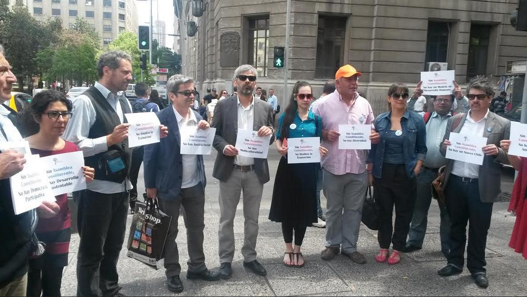 Organizaciones sociales convocan a marcha por una Asamblea Constituyente