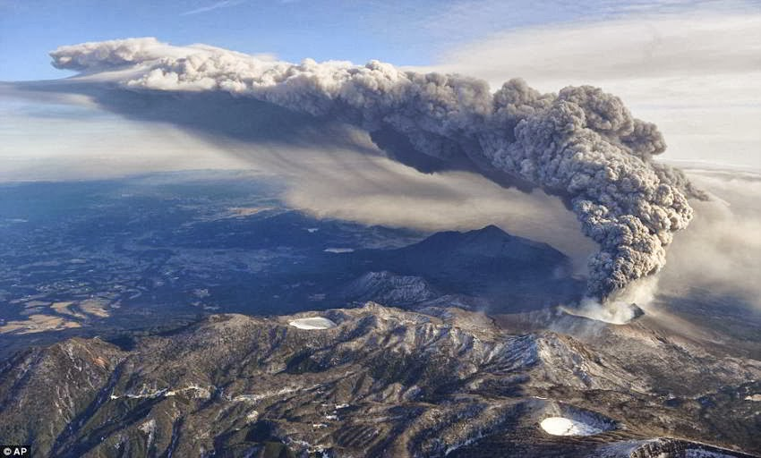 Las erupciones volcánicas ayudan a frenar el cambio climático
