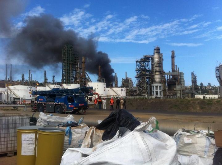 Emergencia en Refinería de Concón deja 2 heridos
