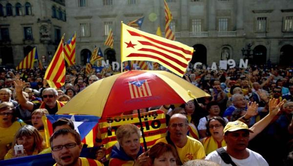 Cataluña se abre al diálogo con España