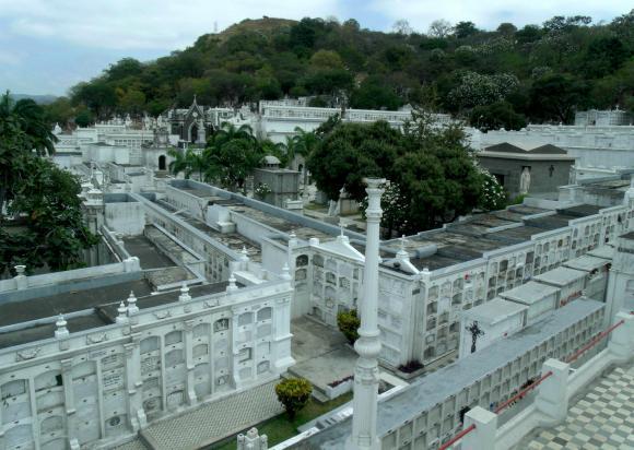 La 'Ciudad Blanca' de Guayaquil se distingue por su historia y belleza de sus mausoleos