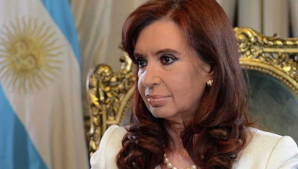 Argentina: Cristina Fernandez internada con cuadro febril infeccioso