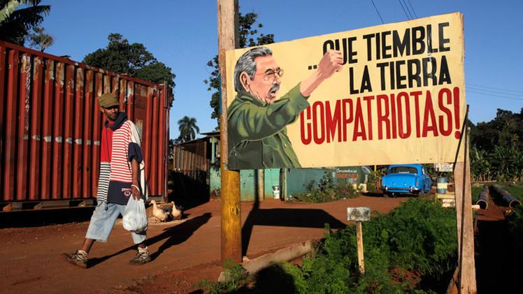 """La izquierda debe aplaudir la resistencia de Cuba frente al 'Goliat del Norte'"""""""