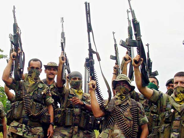 Águilas Negras declaran objetivo militar a los integrantes de medios de prensa independiente en Colombia