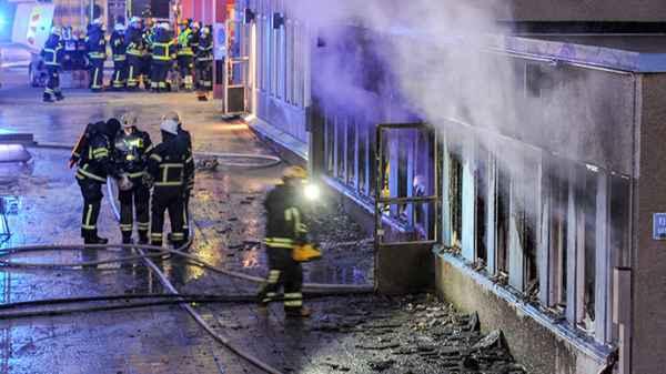 Incendio provocado en una mezquita de Suecia: celebran el delito en páginas web islamofóbicas