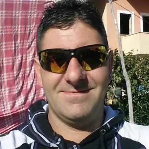 """Mató a su ex esposa a puñaladas. Anunció el crimen en Facebook y recibe cientos de """"me gusta"""""""