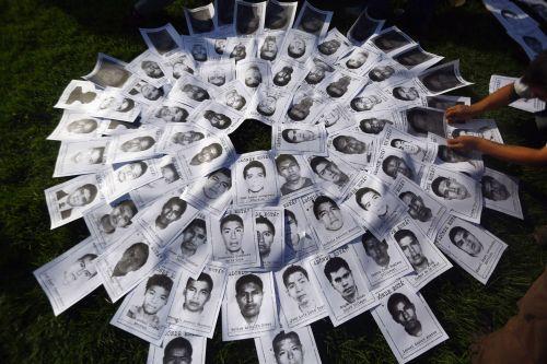 PGR: Hay certeza legal de que los 43 estudiantes de Ayotzinapa están muertos