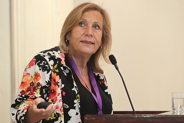 """Helia Molina: """"No se está promoviendo el aborto, sino que salvaguarda el derecho de la mujeres a decidir"""""""