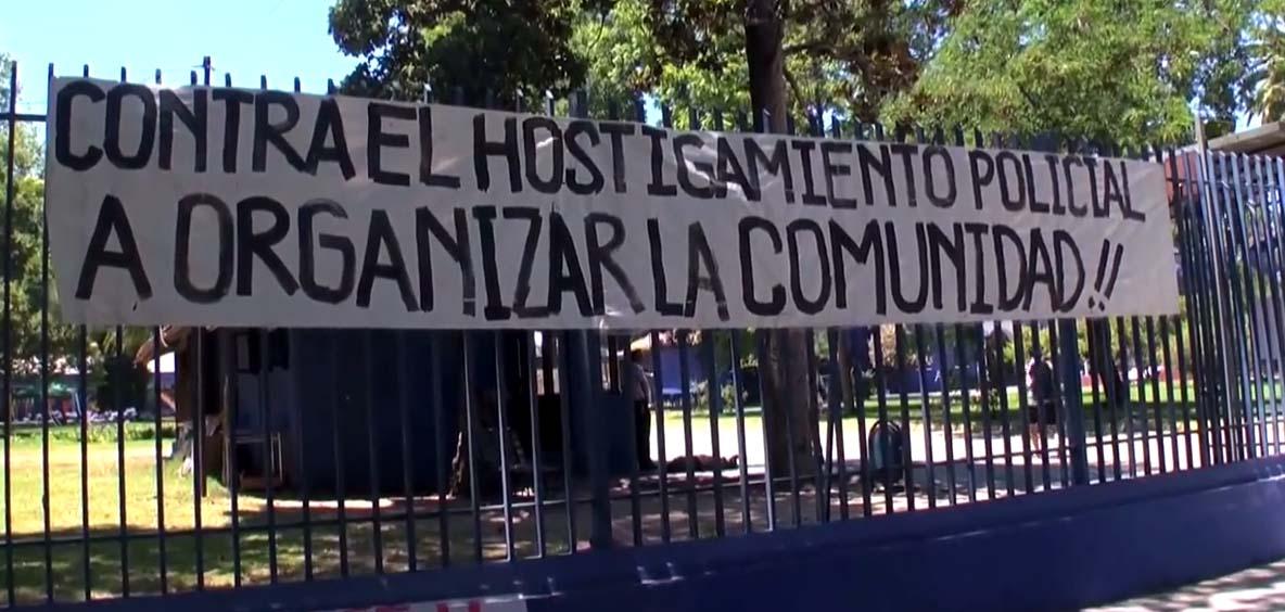 Estudiantes de la UMCE denuncian montaje criminalizador de parte de Carabineros [VIDEO]
