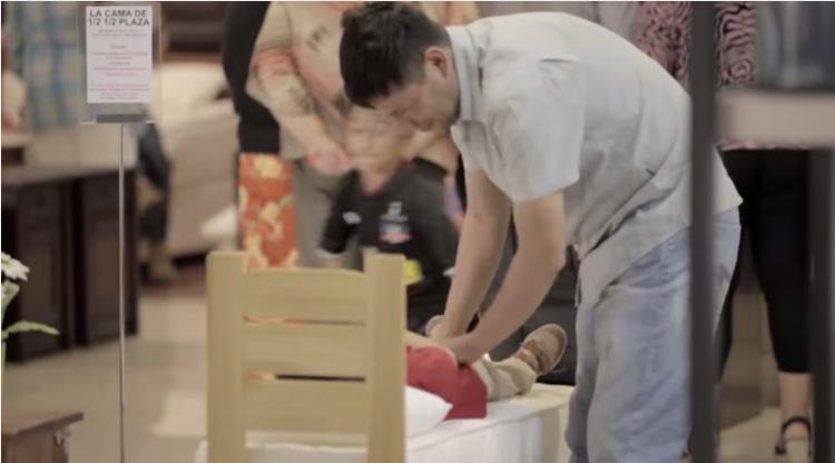 [VIDEO]¡¿Dormir en media media plaza?! Conozca el experimento de Fundación Vivienda