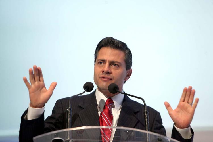 Intelectuales piden a Peña Nieto que acabe con la impunidad criminal contra periodistas