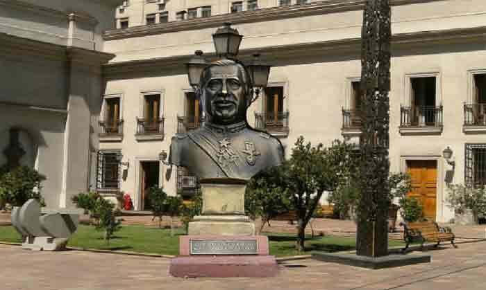 Defienden Proyecto que Prohíbe Homenajes y Monumentos a la Dictadura