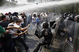 Insólito: Carabineros se ofendió por críticas del INDH [VIDEO]