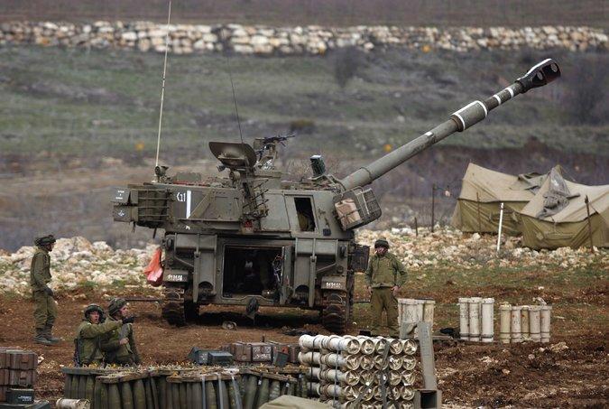 Israel lanza fuego de artillería hacia Siria: preocupación por una extensión del conflicto sirio
