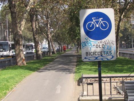 Ciclovías en Santiago no tienen mayor conexión entre ellas
