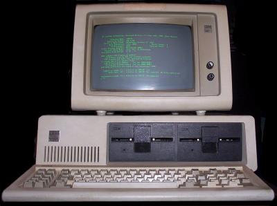 Así se hackeaban computadoras en las películas de los 90