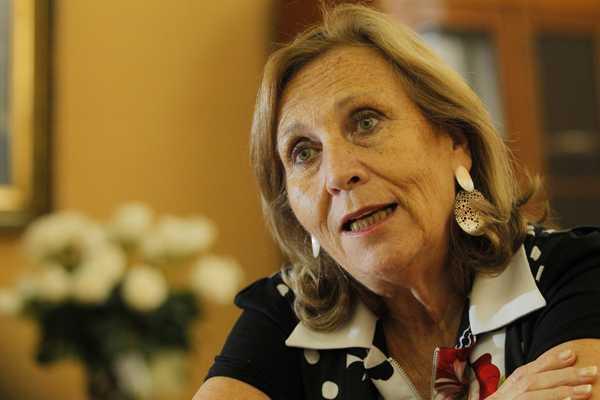 Helia Molina se refirió a la campaña contra el VIH que destaca uso de condón