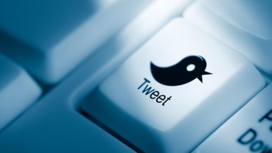Francia condena a tres usuarios de Twitter por hashtag homofóbico