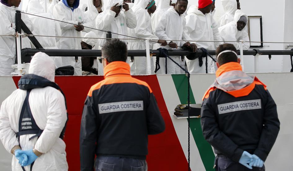 Italia rescata a más de dos mil migrantes en el mar Mediterráneo
