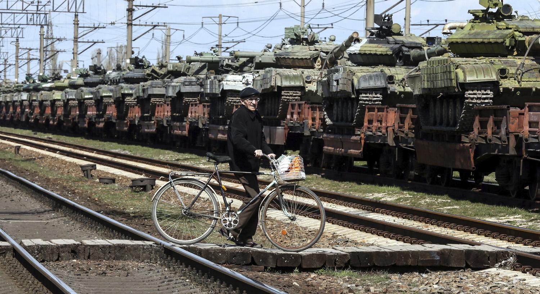 Conflicto ucraniano: avanza la retirada de armamento pesado