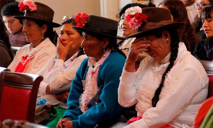 Víctimas de esterilizaciones forzadas en Perú continúan su lucha por justicia