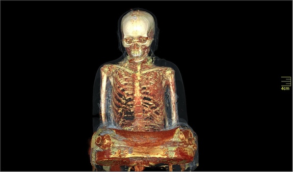 Descubren momia dentro de una estatua budista antigua