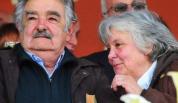 Mujica lanza la campaña de su esposa a la Alcaldía de Montevideo