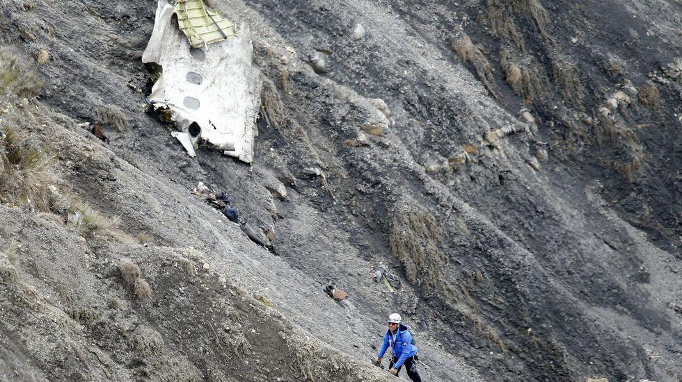 """Investigación sobre el accidente aéreo de Germanwings: """"El copiloto tuvo la voluntad de destruir el avión"""""""