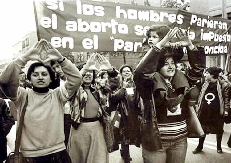 """Rol de los hombres ante el aborto en Chile:  """"Ellas deciden, nosotros apoyamos y acompañamos"""""""