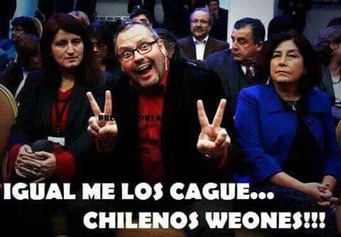 A pesar de las renuncias, declaraciones y consejos asesores, Bachelet no ha exigido la anulación del negocio