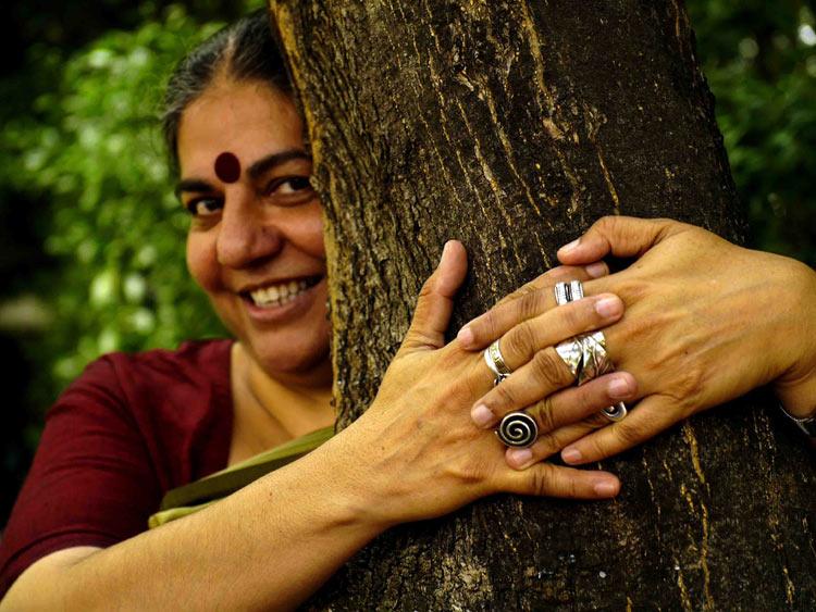 """""""Monsanto no tiene más ciencia, valores o conocimientos que la guerra"""": Vandana Shiva"""