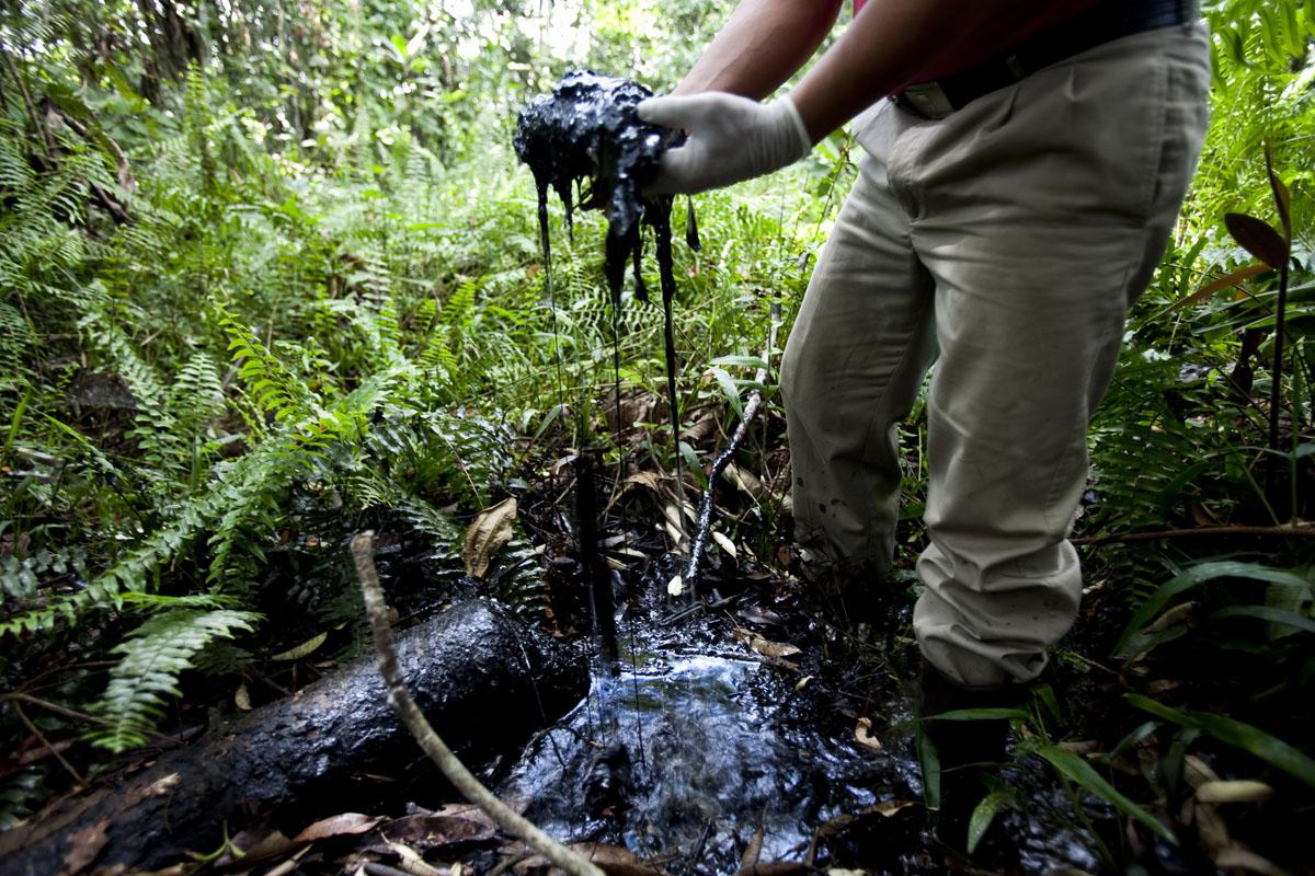 La izquierda del Parlamento Europeo pide justicia para las víctimas de la petrolera Chevron en Ecuador