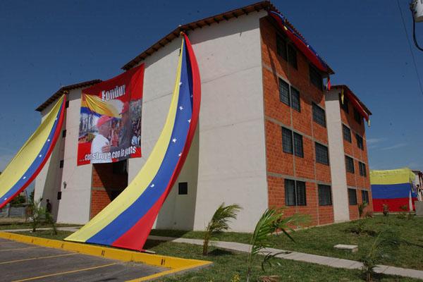 Venezuela: en 2019 el 40% de la población vivirá en viviendas públicas