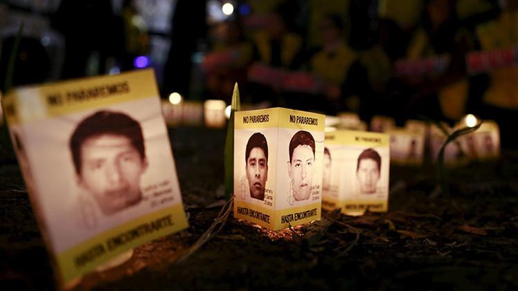 Los padres de estudiantes desaparecidos en México piden ayuda a presunto líder narco