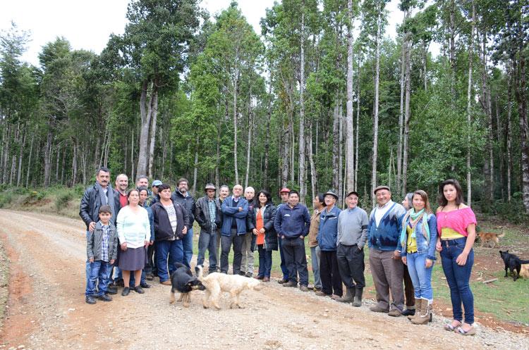 Conservación colaborativa y desarrollo comunitario en un refugio ecosistémico de especies nativas de flora y fauna