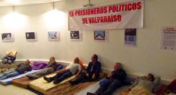 Ex detenidos en la dictadura continúan en huelga de hambre y rechazan mesa de diálogo propuesta por  Aleuy